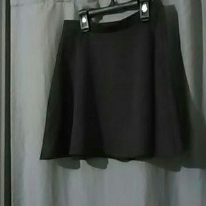 Grey mini skaters skirt